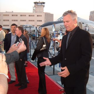 Richard Dean Anderson on the Red Carpet at Comic Con