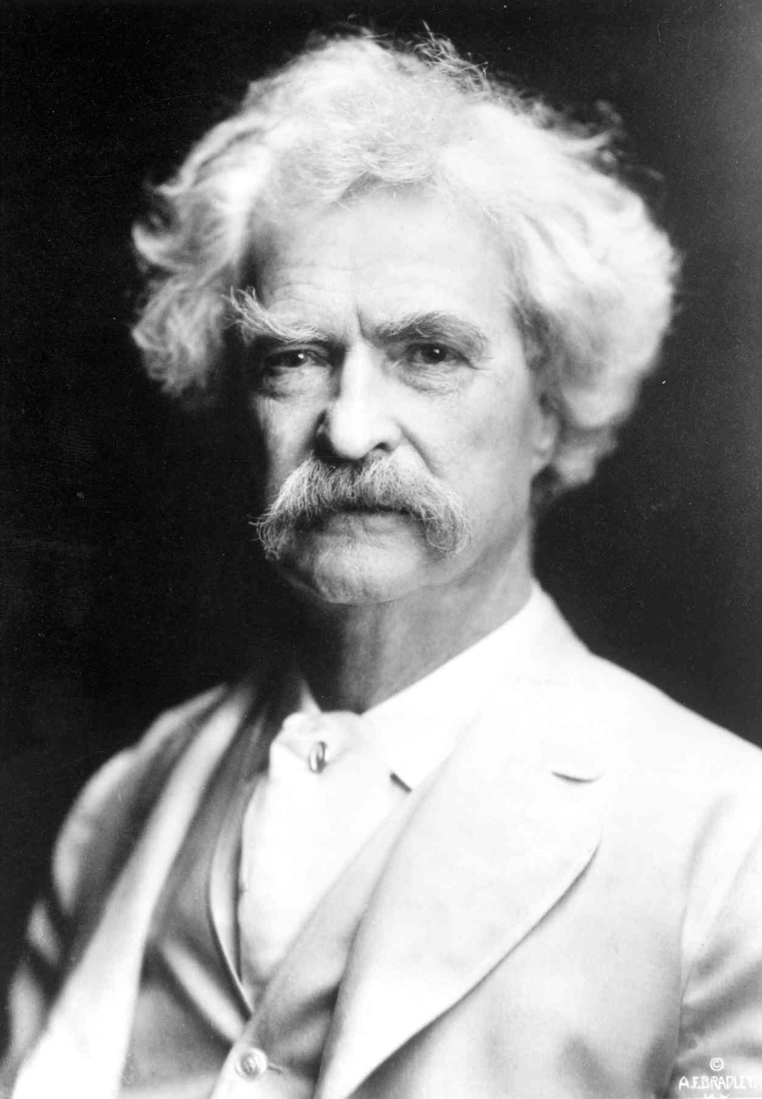 The Critics Dream Mark Twain: Adventures of Huckleberry Finn
