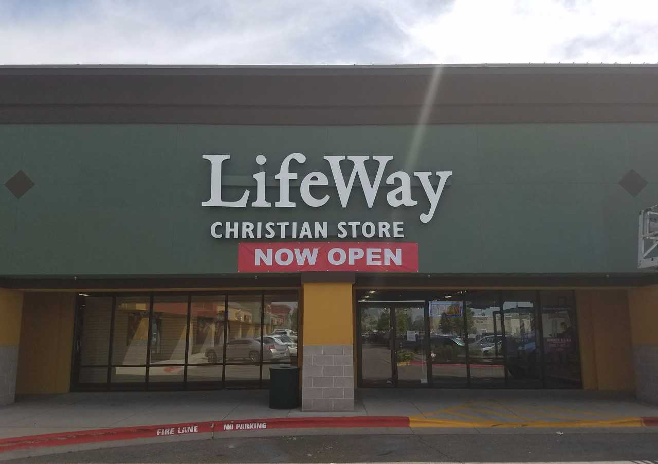 Find LifeWay Christian Store in Sterling Heights with Address, Phone number from Yahoo US Local. Includes LifeWay Christian Store Reviews, maps & directions to LifeWay Christian Store in Sterling Heights and more from Yahoo US ninggifunan.gas: 0.