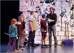 On The Road With Wimpy Kid Creator Jeff Kinney The Meltdown Tour