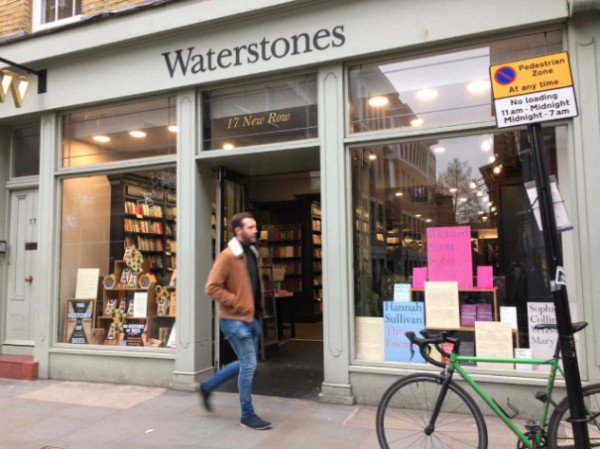 Waterstones Shows Profit, But B&N Is a 'Big Mess'